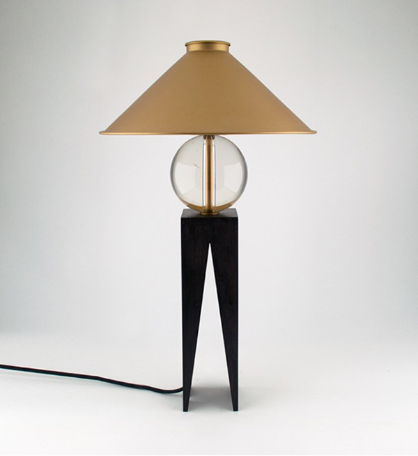 Louis-Jobst-The V Lamp