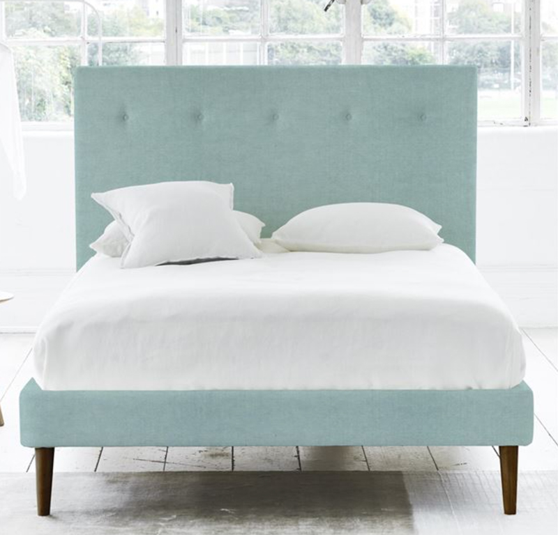 Designers-Guild-Polka Bed